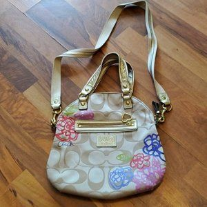 COACH PURSE USED BUT GOOD CONDITION